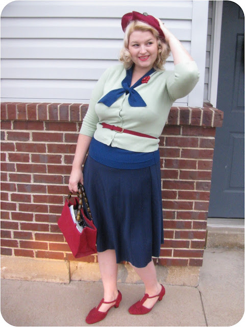 plus size 1940s vintage fashion with vintage hat, red t strap shoes via Va-Voom Vintage