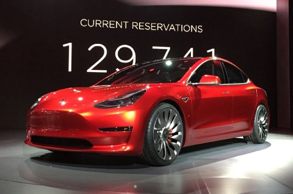 ¿Por qué el Tesla Model 3 no tiene parrilla frontal?