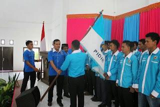 Dek Fad Lantik Pengurus KNPI 23 Kecamatan di Pidie