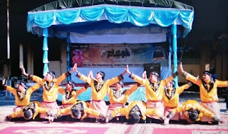 Likok Pulo : Traditional Dance Of Aceh (Indonesia)