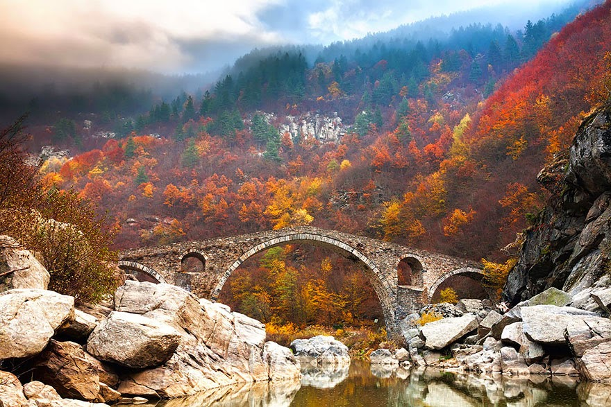 Devil's Bridge In Rhodope Mountains, Bulgaria - 20 Mystical Bridges That Will Take You To Another World
