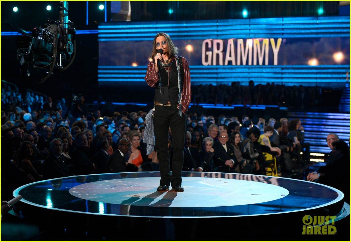 Grammy: Celeb Diary: Johnny Depp @ 2013 Grammy Awards