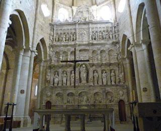Retablo de Damià Forment, en la Iglesia del Monasterio de Poblet.