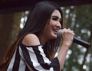 download 12 lagu nella kharisma yang kini hits dan tenar