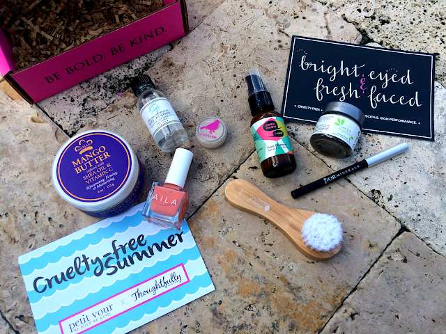 JUNE-JULY-2015-PETIT-VOUR-BEAUTY-BOX