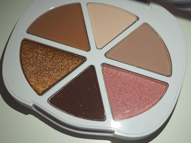 Clover Pretty Puppy Palette by Too Faced