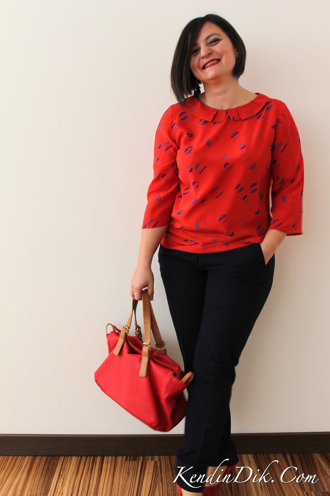 stil rehberi kırmızı ipek bluz