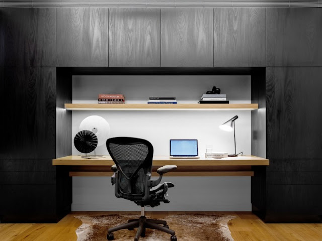 Contemporary House Office Desk Features Innovative Paper Storage Contemporary House Office Desk Features Innovative Paper Storage Contemporary 2BHouse 2BOffice 2BDesk 2BFeatures 2BInnovative 2BPaper 2BStorage 2B3