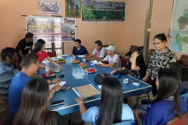 """Kempanyekan """"Hutan Adat Bukan Hutan Negara"""" Aliansi Masyarakat Adat Nusantara Gandeng IWAS"""
