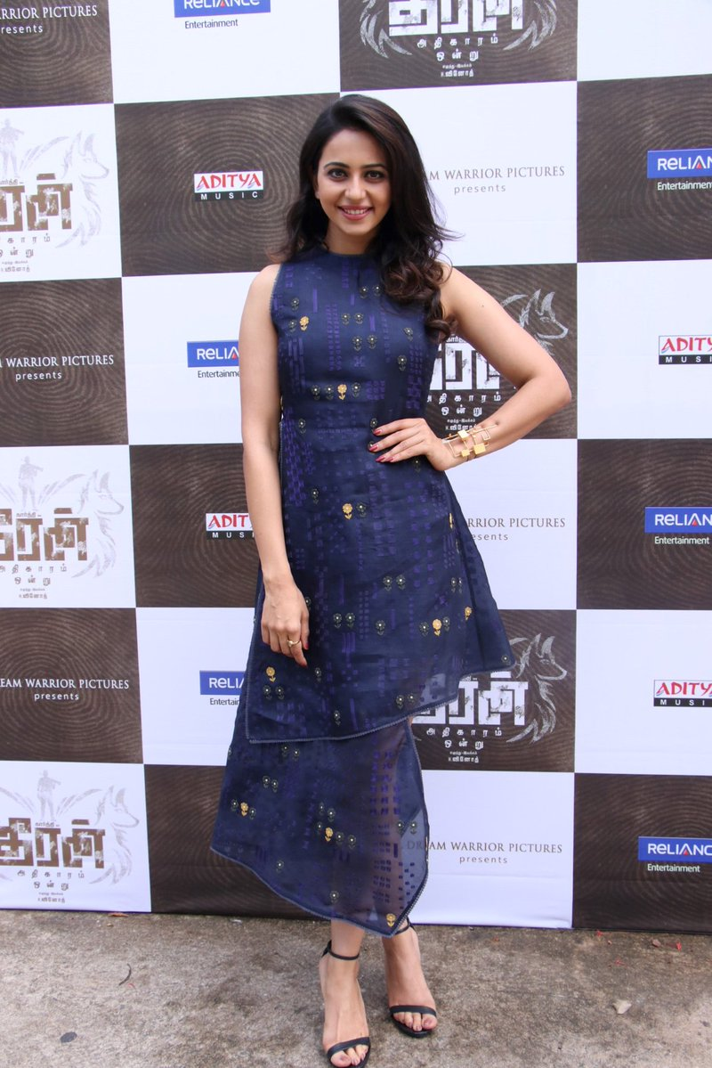 Actress RakulPreetSingh Latest HD Images