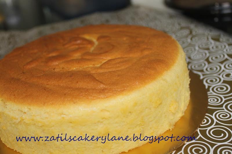 87643401a Red velvet cake with cream cheese. Thank you kak Keyra.