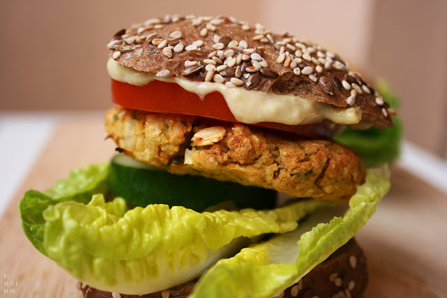 chickpea, patty, burger, bun, rice, gluten-free