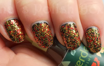 http://inaspolishbox.blogspot.de/2013/11/topper-time-china-glaze-electrify.html