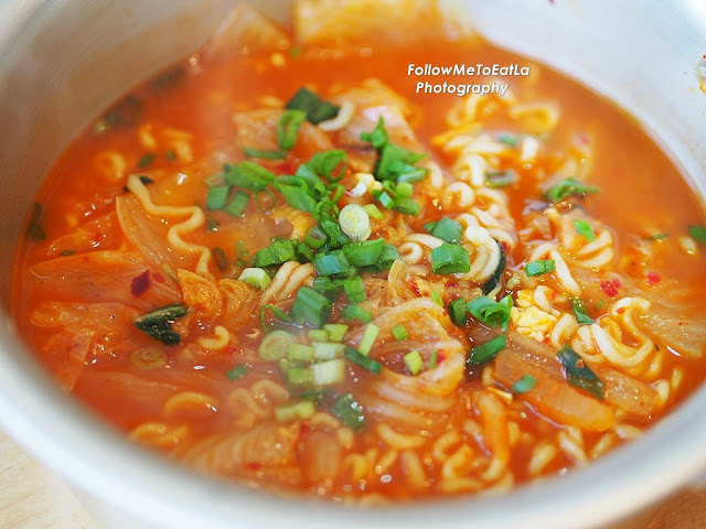 Korean Noodles With Kimchi Kimchi Ramyeon
