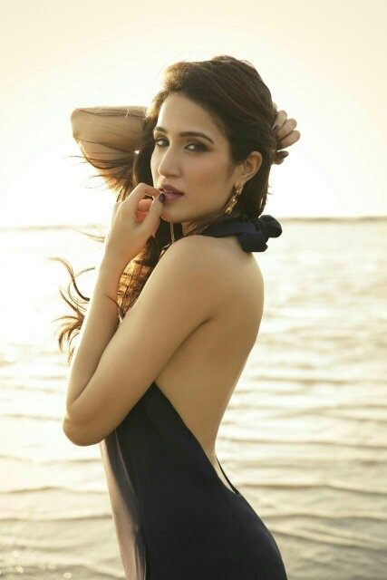Top 10 Entertainers of 2017 in Google year in India - Sagarika Ghatge
