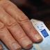 Οργή απόστρατων και συνταξιούχων ειδικών μισθολογίων για τα ψαλιδισμένα αναδρομικά