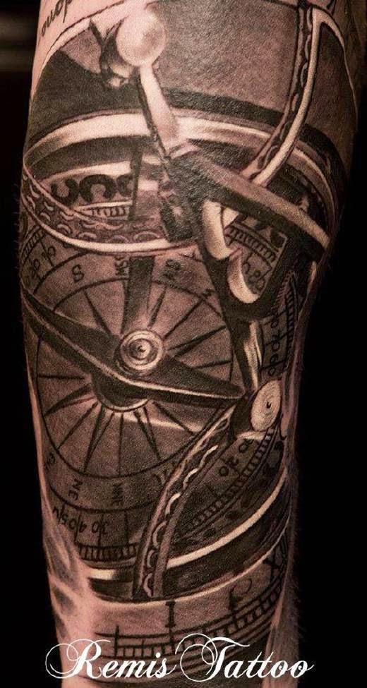 tatuajes de br julas belagoria la web de los tatuajes. Black Bedroom Furniture Sets. Home Design Ideas