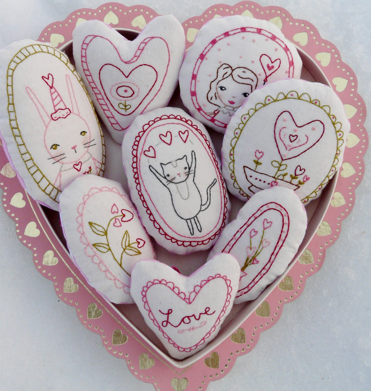 Valentine ornaments pattern