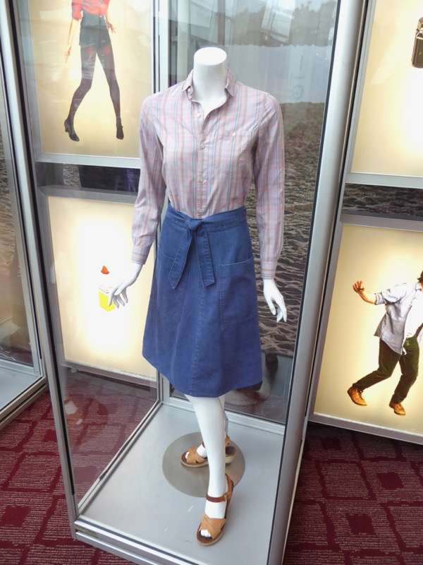 Elle Fanning 20th Century Women Julie movie costume