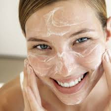 Natural ways to exfoliate your face at home