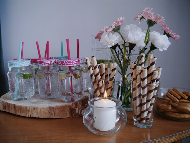 warsztaty szycia, hobby, wieczór panieński, alternatywny wieczór panieński, słodkości, dekoracje