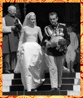 Monaco's Prince Rainier III and Grace Kelly, 1956 (Royal Adorable Wedding Dress)
