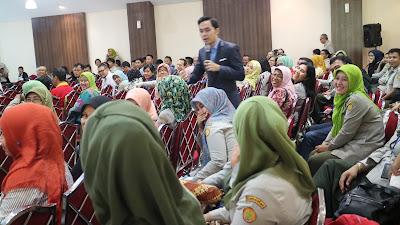 motivator indonesia, edvan m kautsar, motivator muda, trainer motivasi, motivator termuda, motivator nasional,