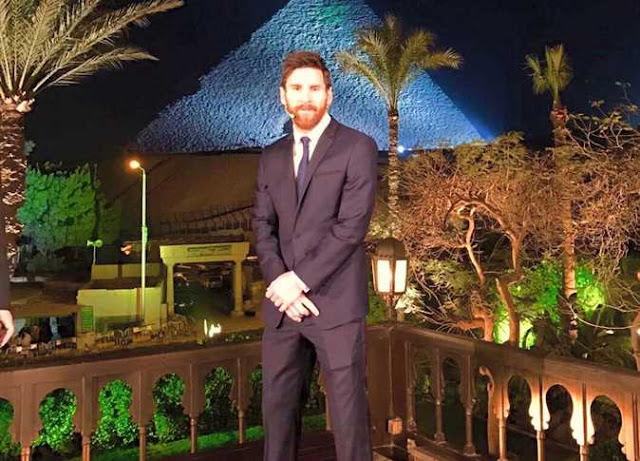 ميسي في مصر ظهر اللاعب الارجنتيني ميسي في زيارة له لدولة مصر