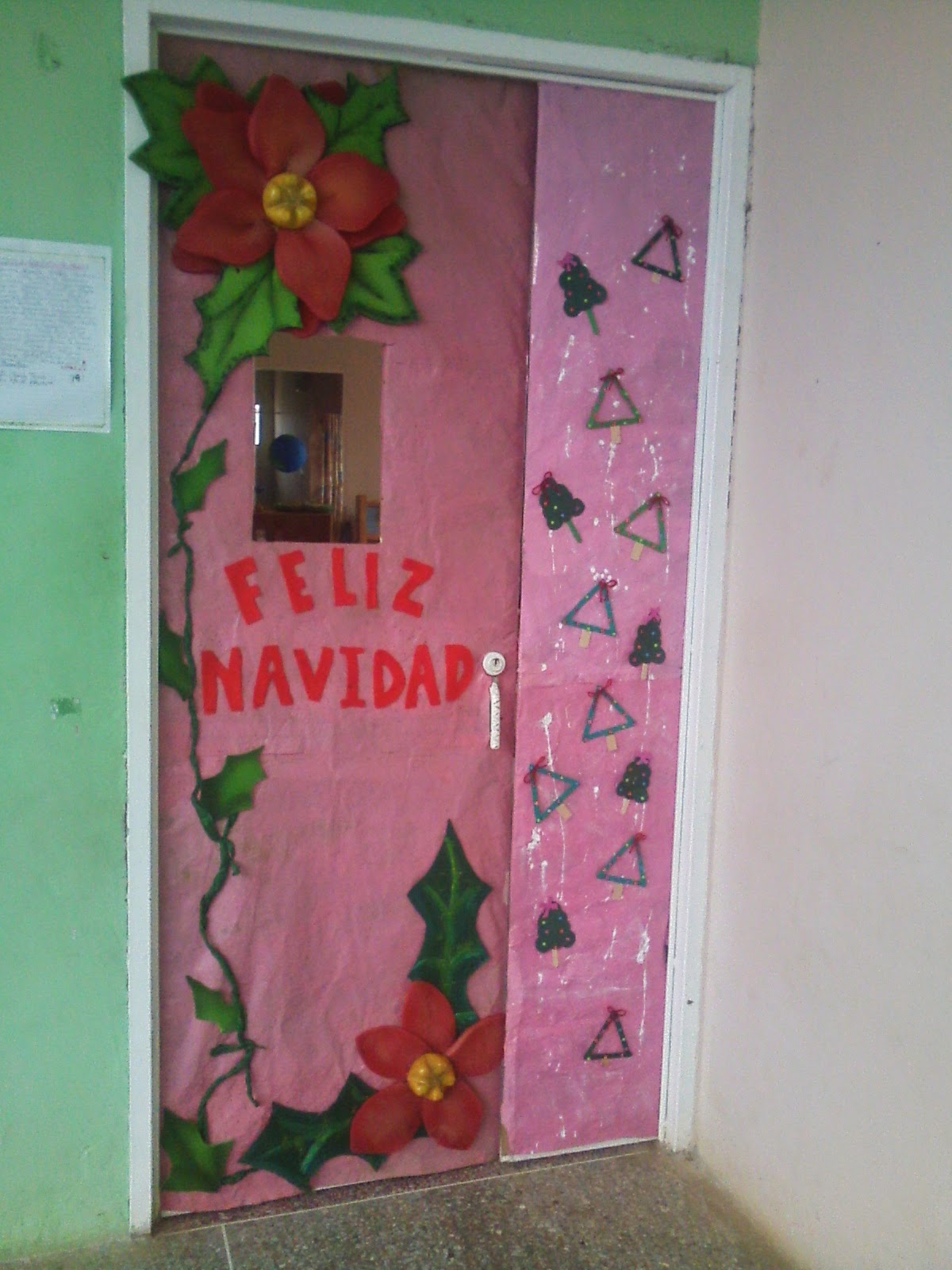 Cajitas de sue os puertas navide as de las escuelas for Decoracion navidena para puertas