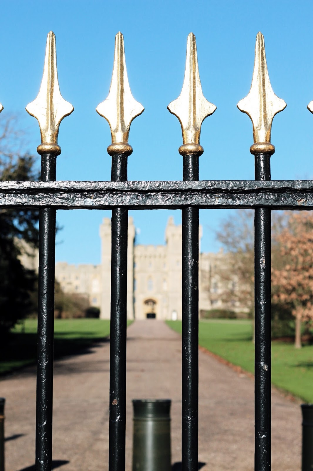 Windsor Castle black and gold gates