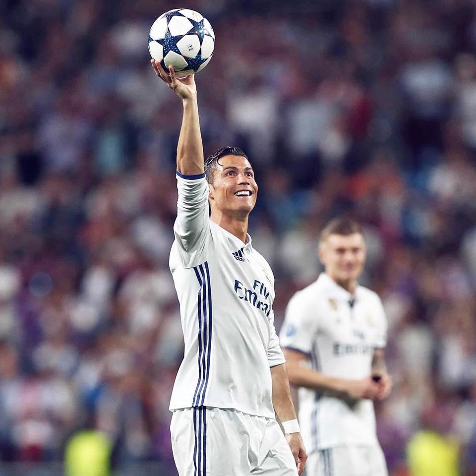 Ronaldo faz três contra o Bayern e se torna o primeiro jogador a passar a marca  de 100 gols na Champions c286d7758d6c5