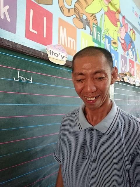 This 40-Year-Old Man Enrolled As A Grade 1 Pupil: 'Ang Edukasyon, Sobrang Importante Talaga.' INSPIRING!