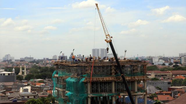 Istana Ungkap Alasan Ekonomi RI Belum Bisa Tumbuh di Atas 5 Persen
