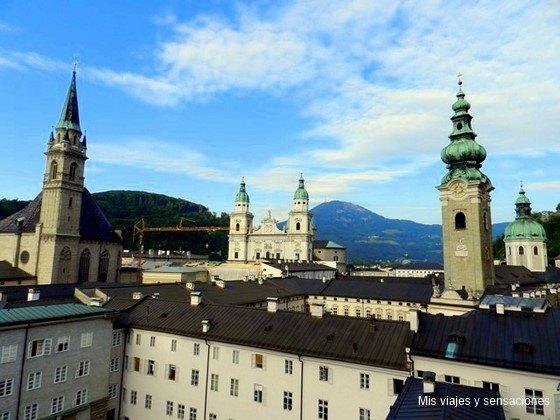 Vistas de Salzburgo desde el monte Mönchsbert, Austria