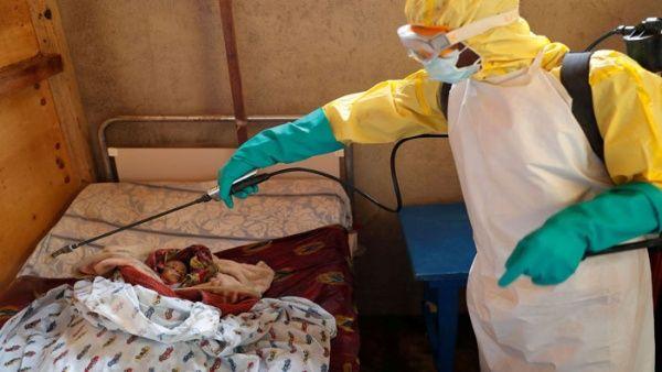 Aumentan a 484 muertes por brote de ébola en la RD del Congo