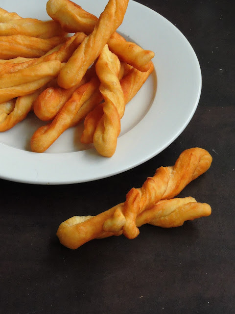 Dza Ma Hwa, Chinese Breadsticks