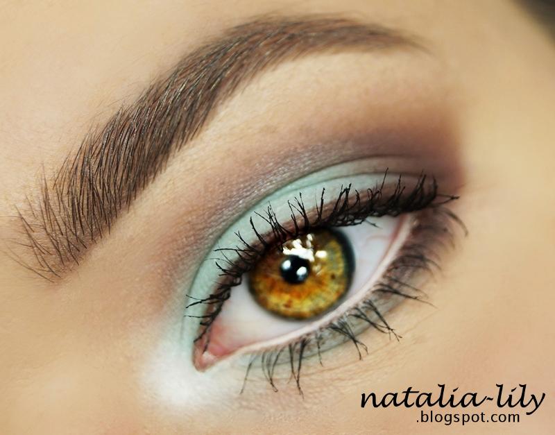 http://natalia-lily.blogspot.com/2014/07/propozycja-letniego-makijazu-w.html
