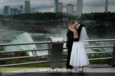 Niagara Falls Wedding Specialists Services - kauai weddings