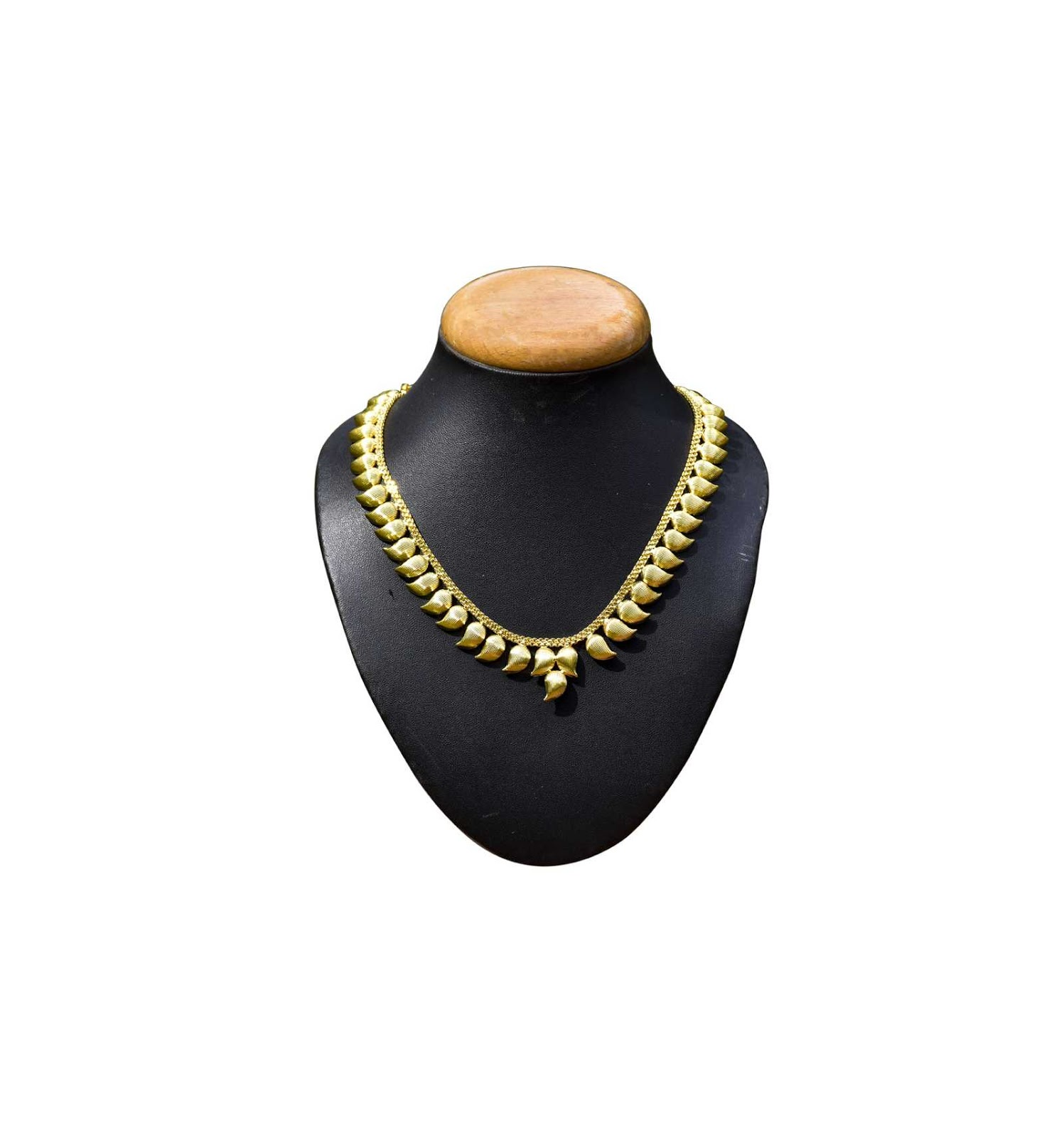7c9e42e676b859 Buy Traditional Gold Plated Mango Design Necklace Online|Kollamsupreme:  Kerala traditional Mango necklace design necklace with Mango pendant and  adjustable ...
