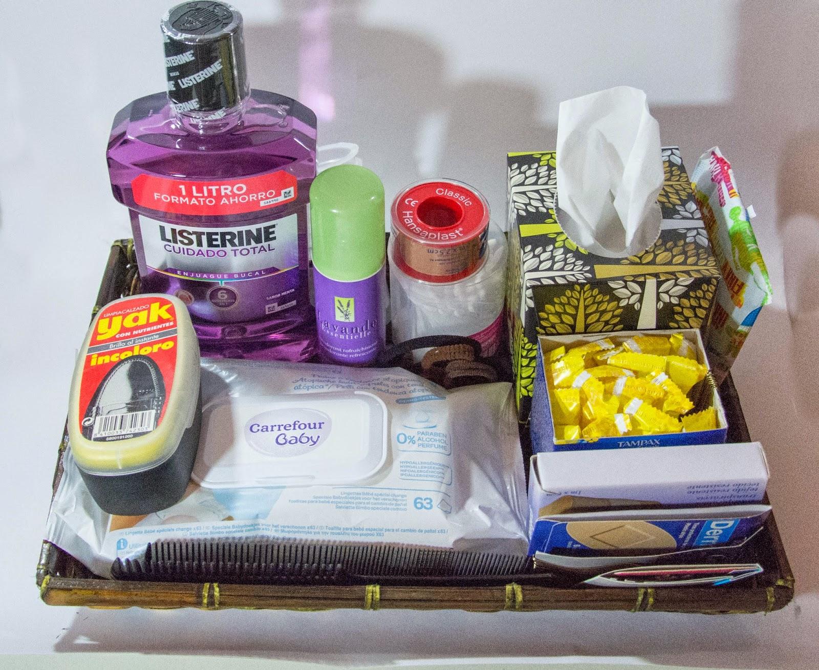 Qui n dijo boda kit de cortes a para los invitados for Que poner en los banos de una boda