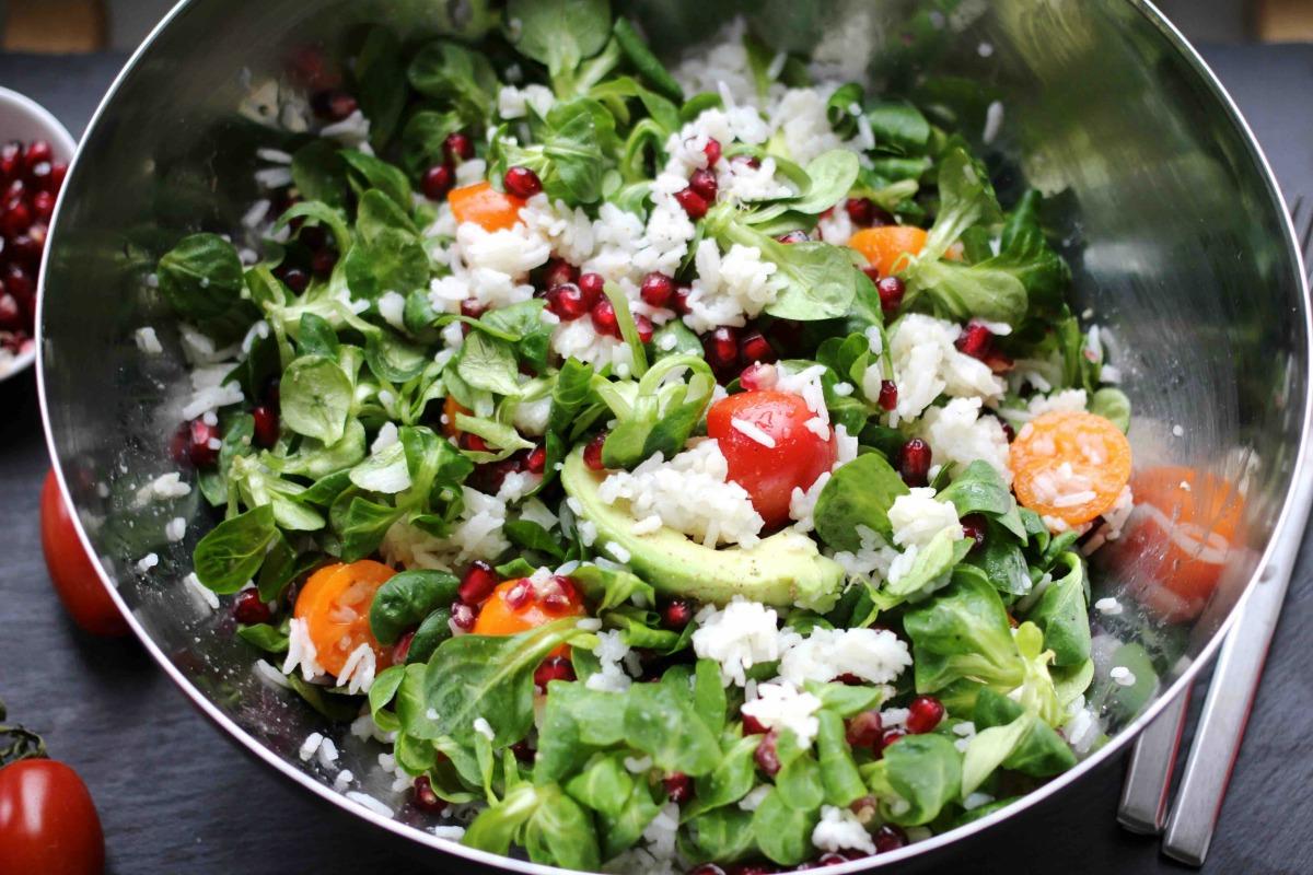 Reissalat mit Gemüse