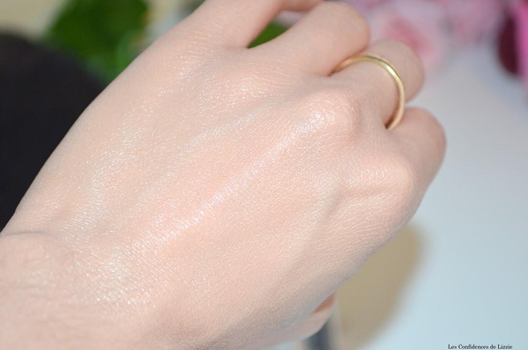 bb creme - produit de maquillage pour teint - teint unifie - teint lumineux - teint hydrate - produit pour le teint ideal au printemps - bb creme legere - bb creme douce - soin prefecteur - soin miracle perfecteur