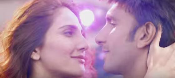 Nashe Si Chadh Gayi (Befikre 2016) - Arijit Singh, Caralisa Monteiro Song Mp3 Full Lyrics HD Video