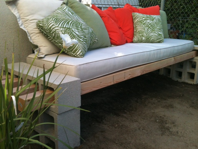 The Basement Diy Outdoor Bench In Less Than An Hour