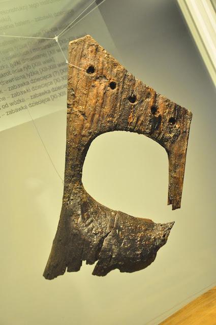 wczesnośredniowieczne gęśle z Gdańska