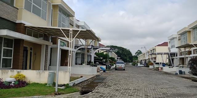 Row Jalan Rumah Tipe Olive Di Green Park Jl. STM Kampung Baru Medan