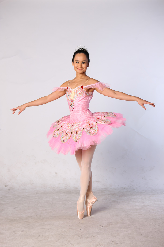 Lisa started dancing at the young age of eight. Naturally gifted in the  art, Lisa fell in love with ballet and continued to learn it. When she was  18, ...
