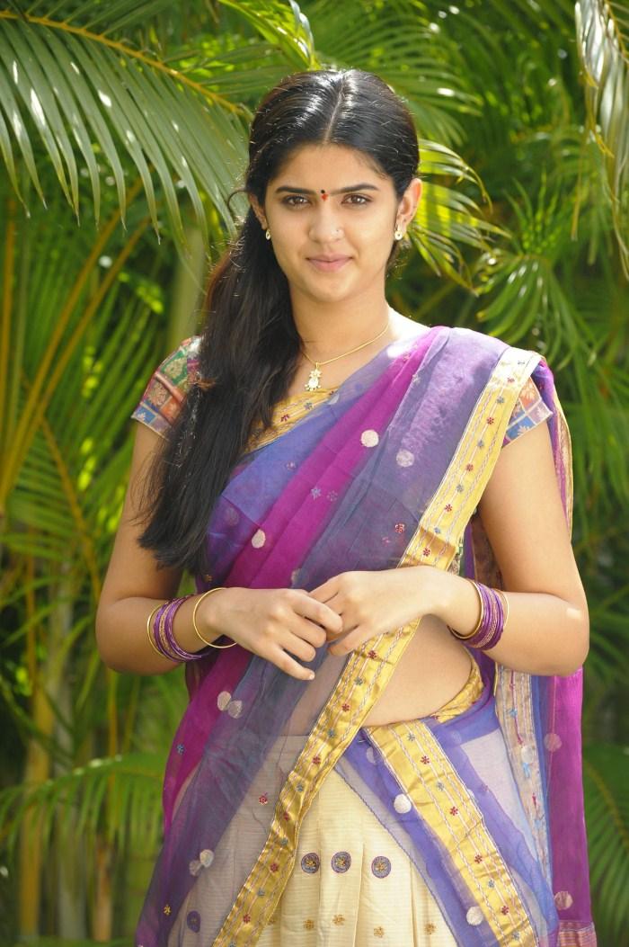 Wallpapers Of Girls Deekshaseth Hot In Saree Atoz Actress