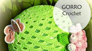 Patrones de gorro crochet con bonito diseño