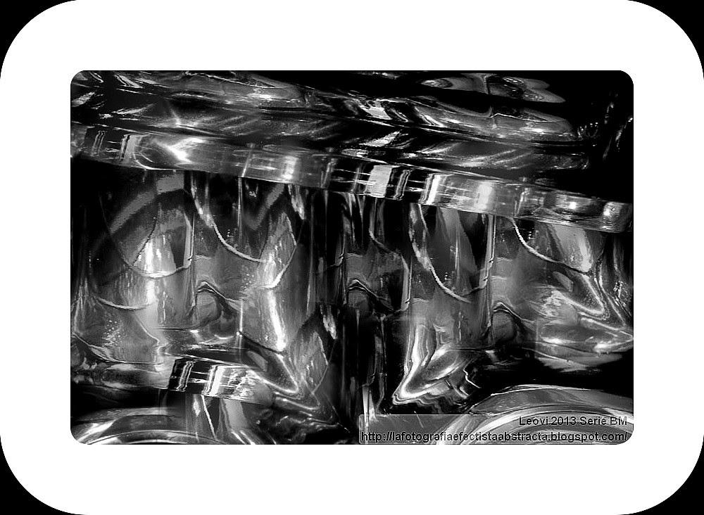 Foto Abstracta 3093  Pelotón de Ejecución - Firing Squad